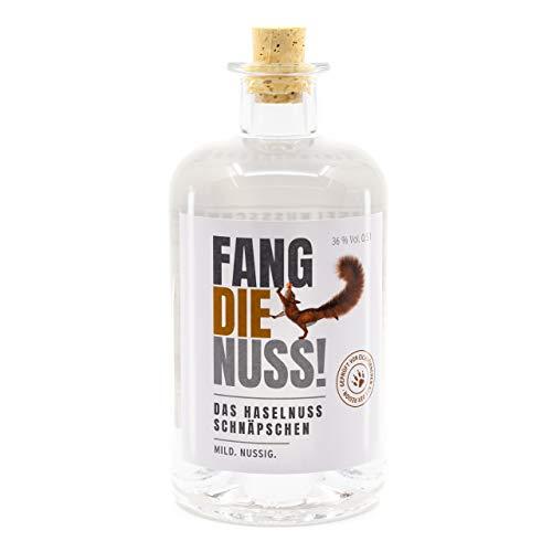 Fang die Nuss   Haselnuss Schnaps   36% Vol. Alkohol   Geprüft von Eichhörnchen aus der Region  ...